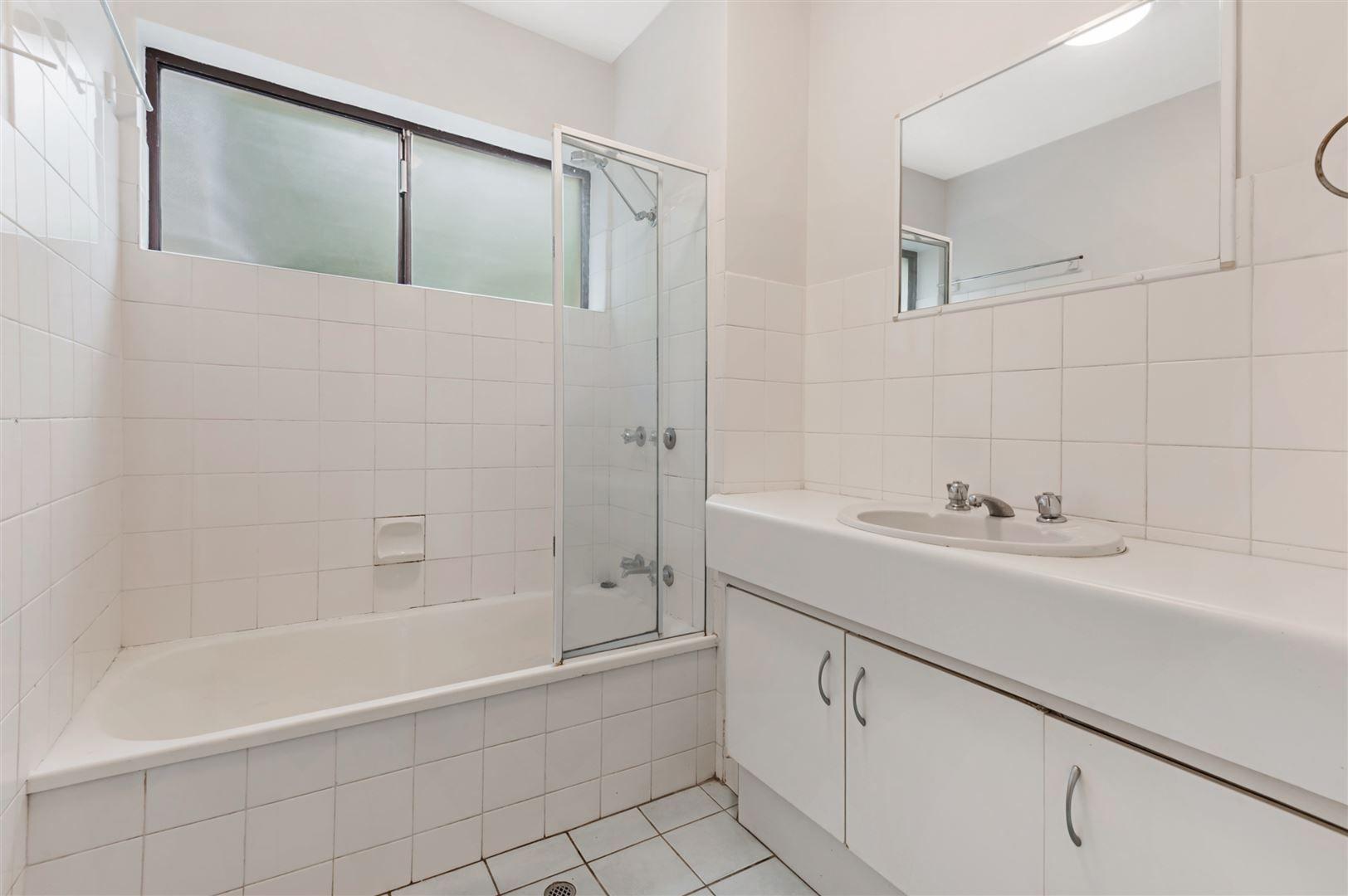 2/48 Elizabeth Street, Toowong QLD 4066, Image 2