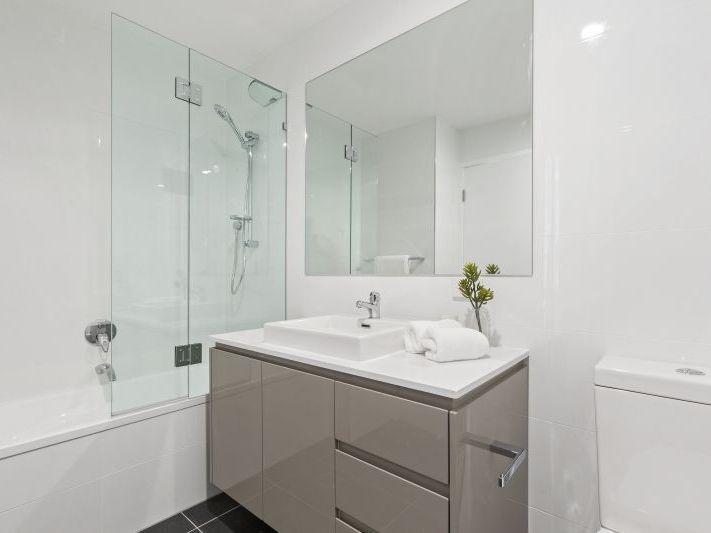 303/19 Winston Street, Kirra QLD 4225, Image 1