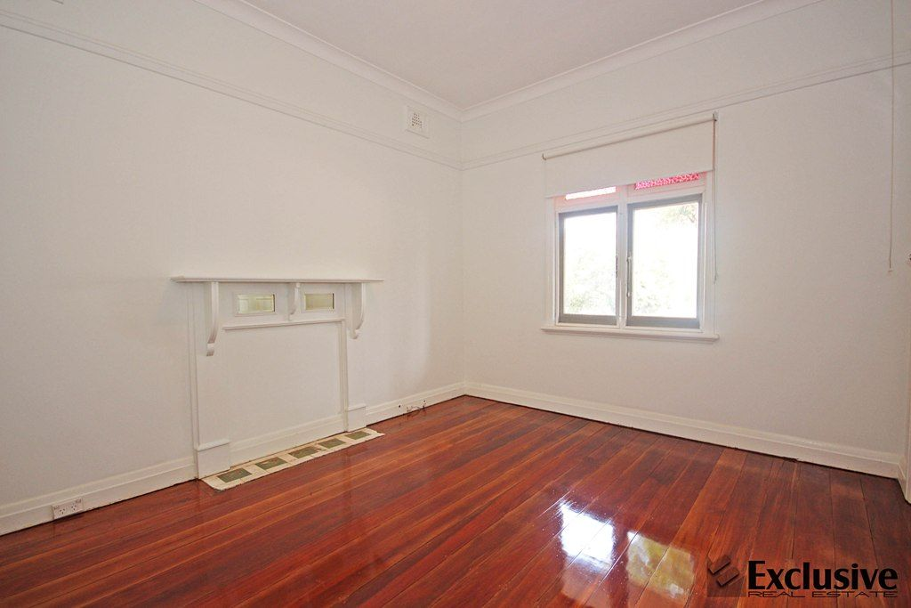 12 Flemington Road, Homebush NSW 2140, Image 2