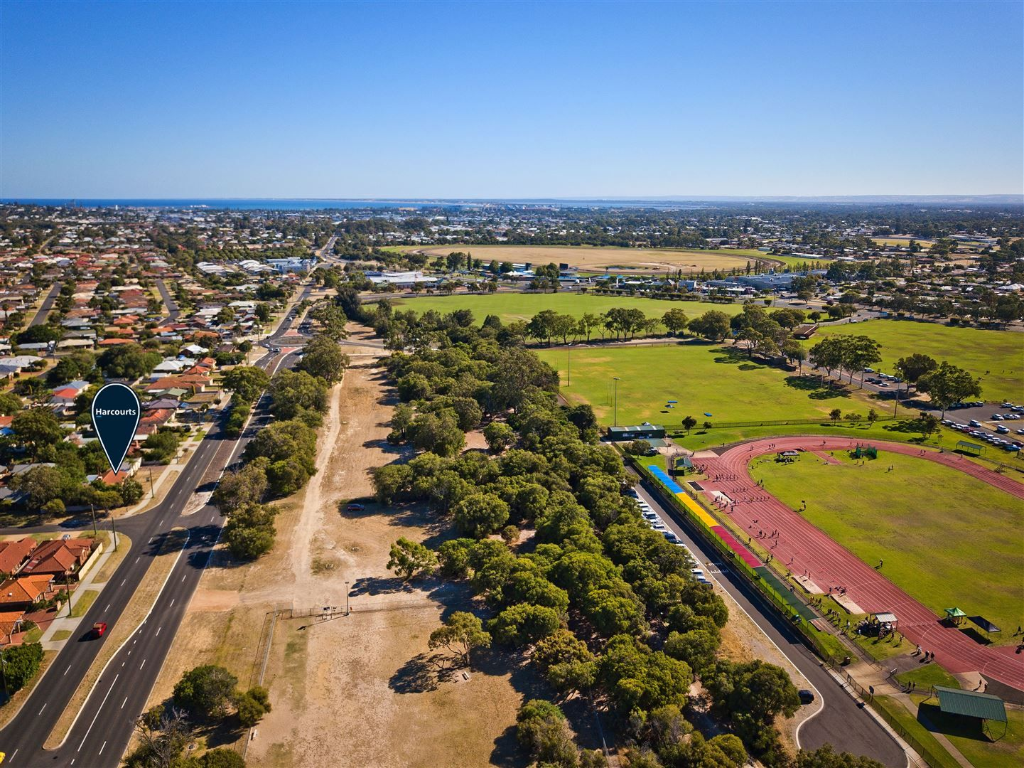 52 Parade Road, Withers WA 6230, Image 2