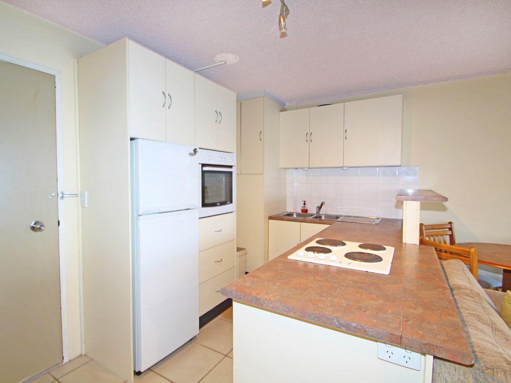 609/2 Barney Street, Southport QLD 4215, Image 2