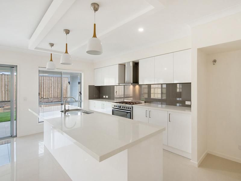71 Timbury Street, Mango Hill QLD 4509, Image 2
