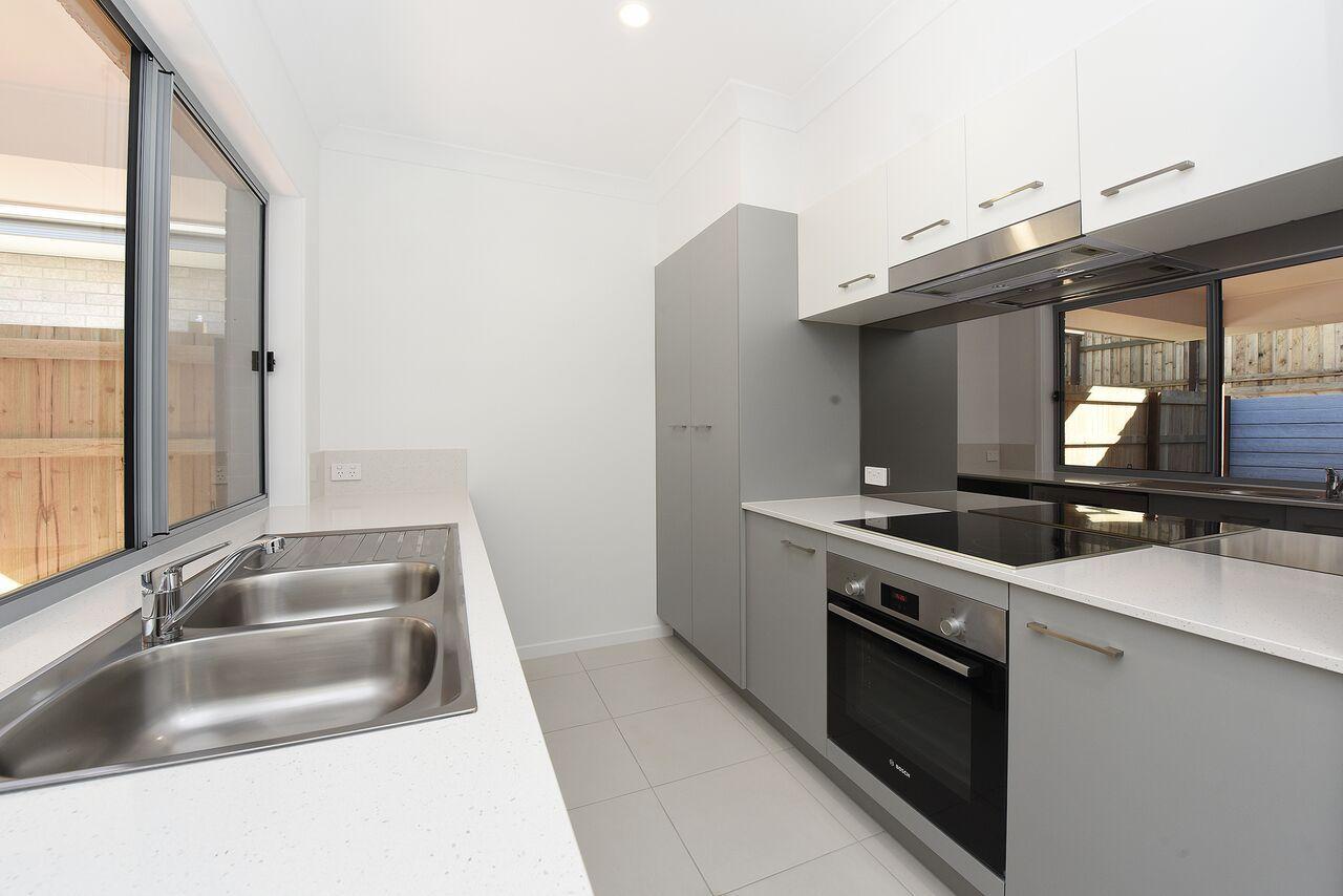 11/20 Crumpton Place, Beerwah QLD 4519, Image 2