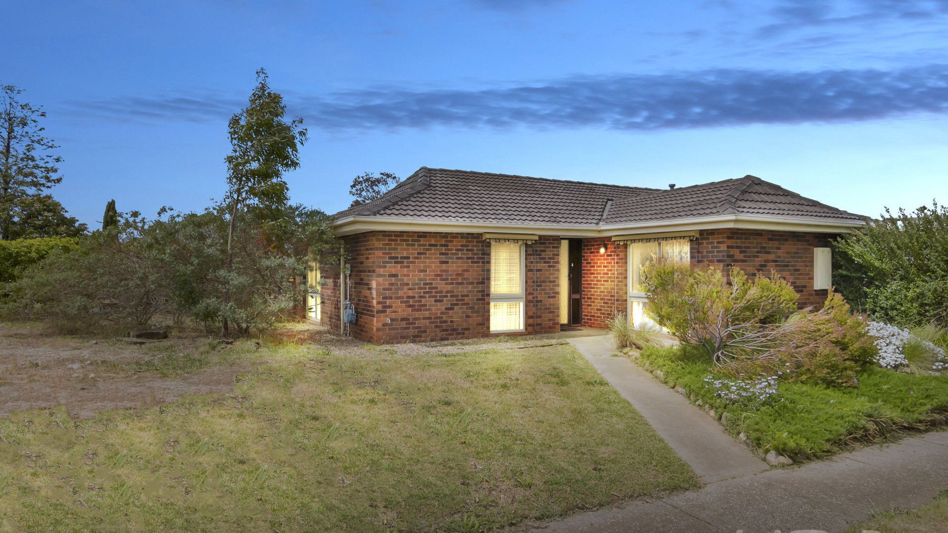 15 Empress Way, Melton West VIC 3337, Image 1