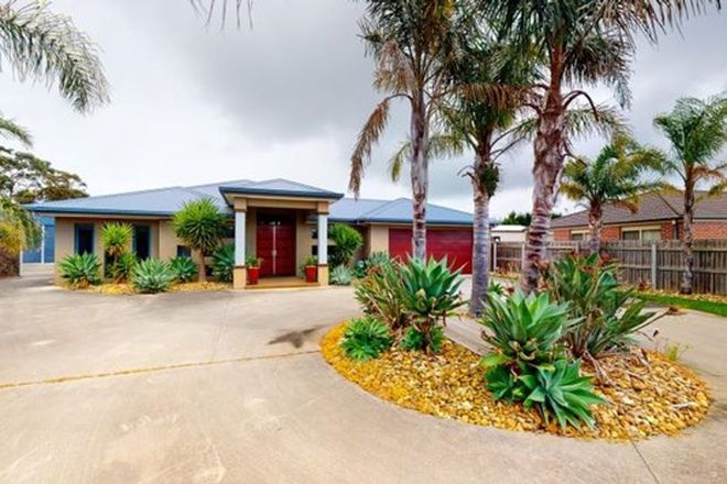 Picture of 11 Parklands Place, MORWELL VIC 3840