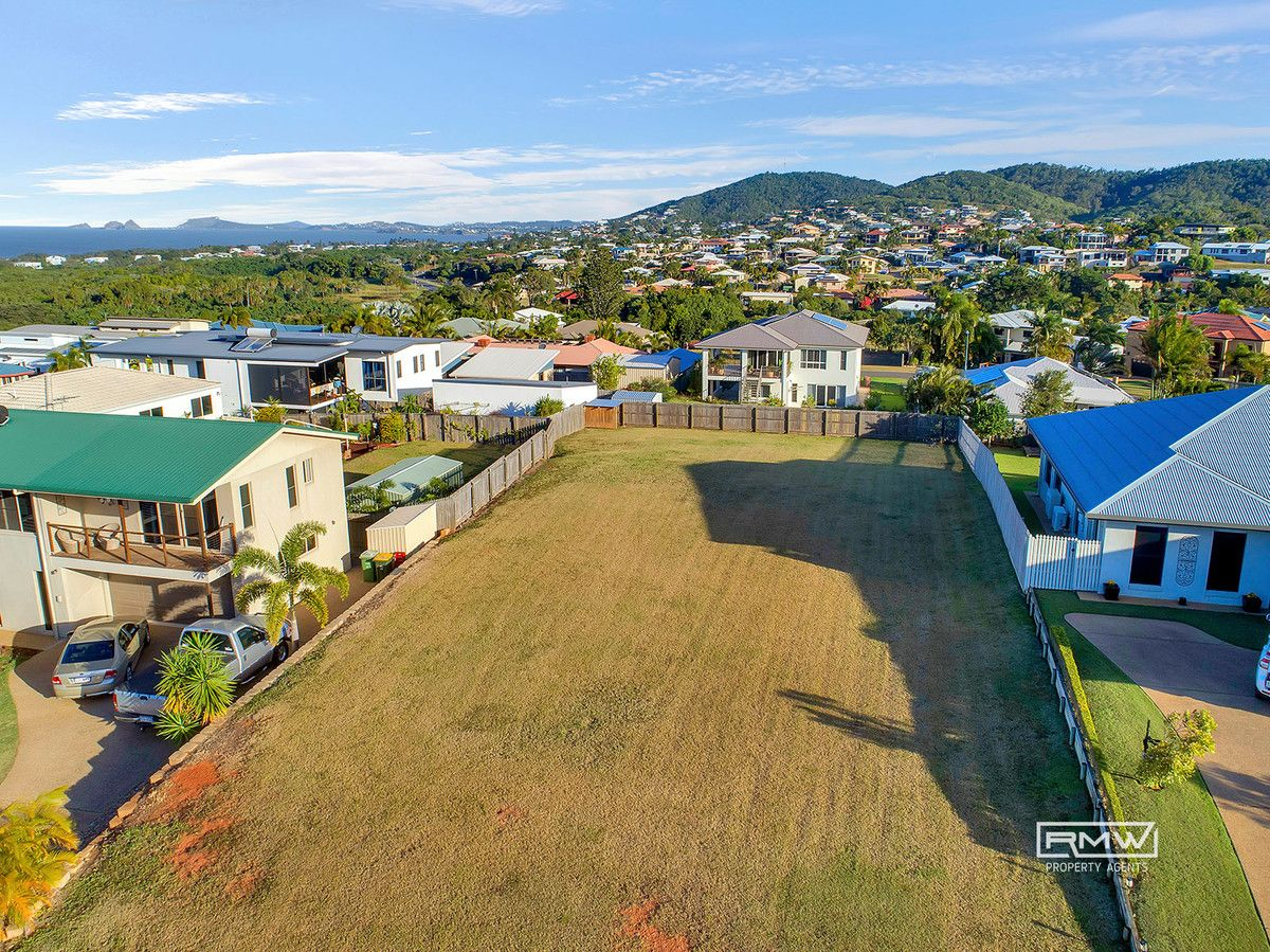 27 Miami Crescent, Pacific Heights QLD 4703, Image 2