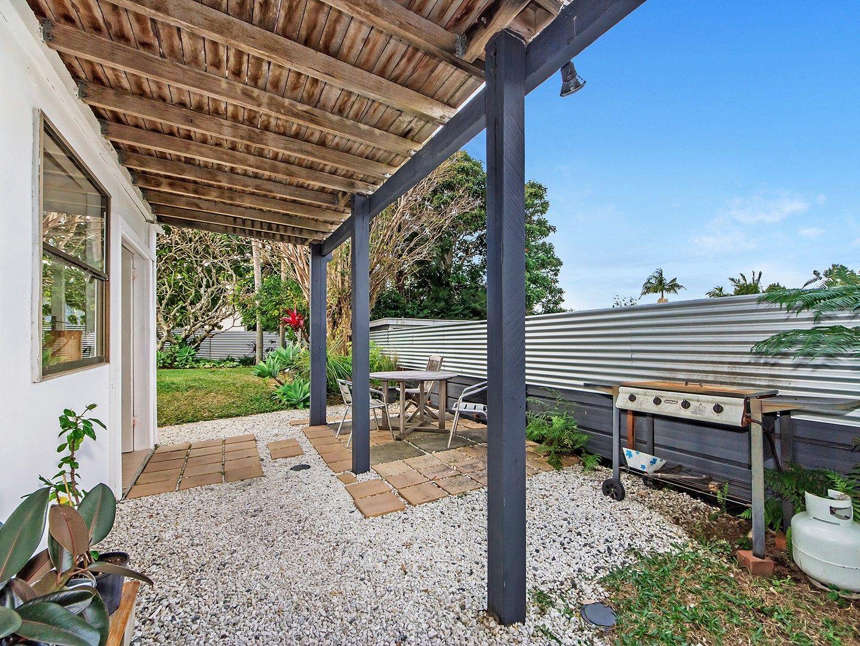 33 Brooke Avenue, Southport QLD 4215, Image 0