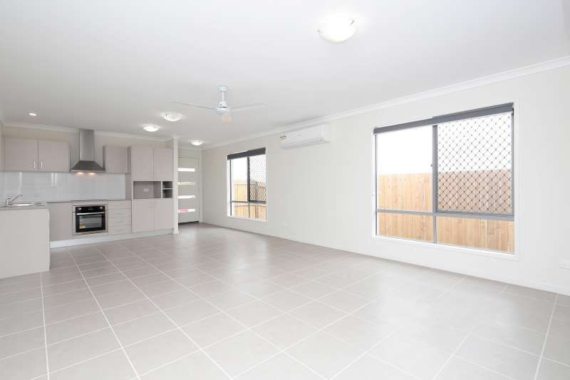1/22 Kanimbla Street, Holmview QLD 4207, Image 2