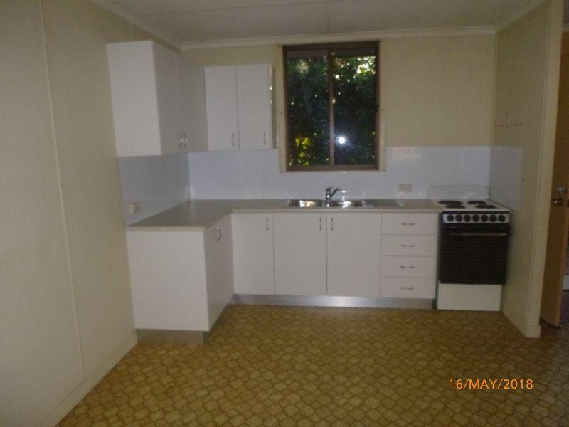 3/30 Knight Street, Kingaroy QLD 4610, Image 2