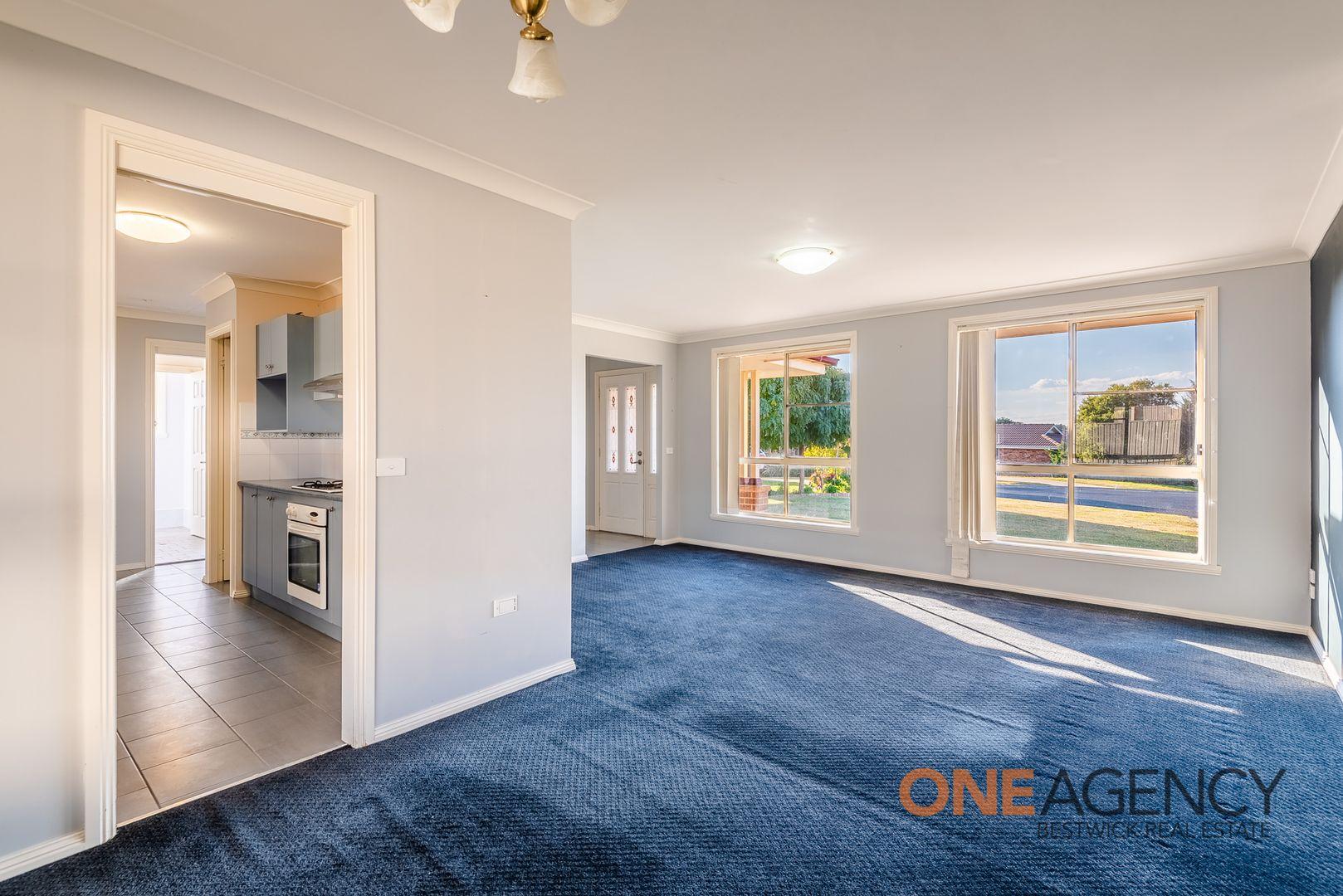 7 Lavis Place, Raglan NSW 2795, Image 1