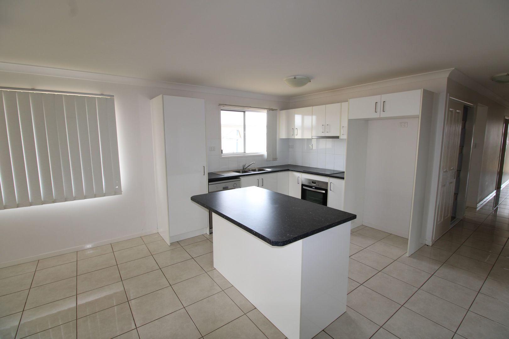 3 Whitney Street, Emerald QLD 4720, Image 1