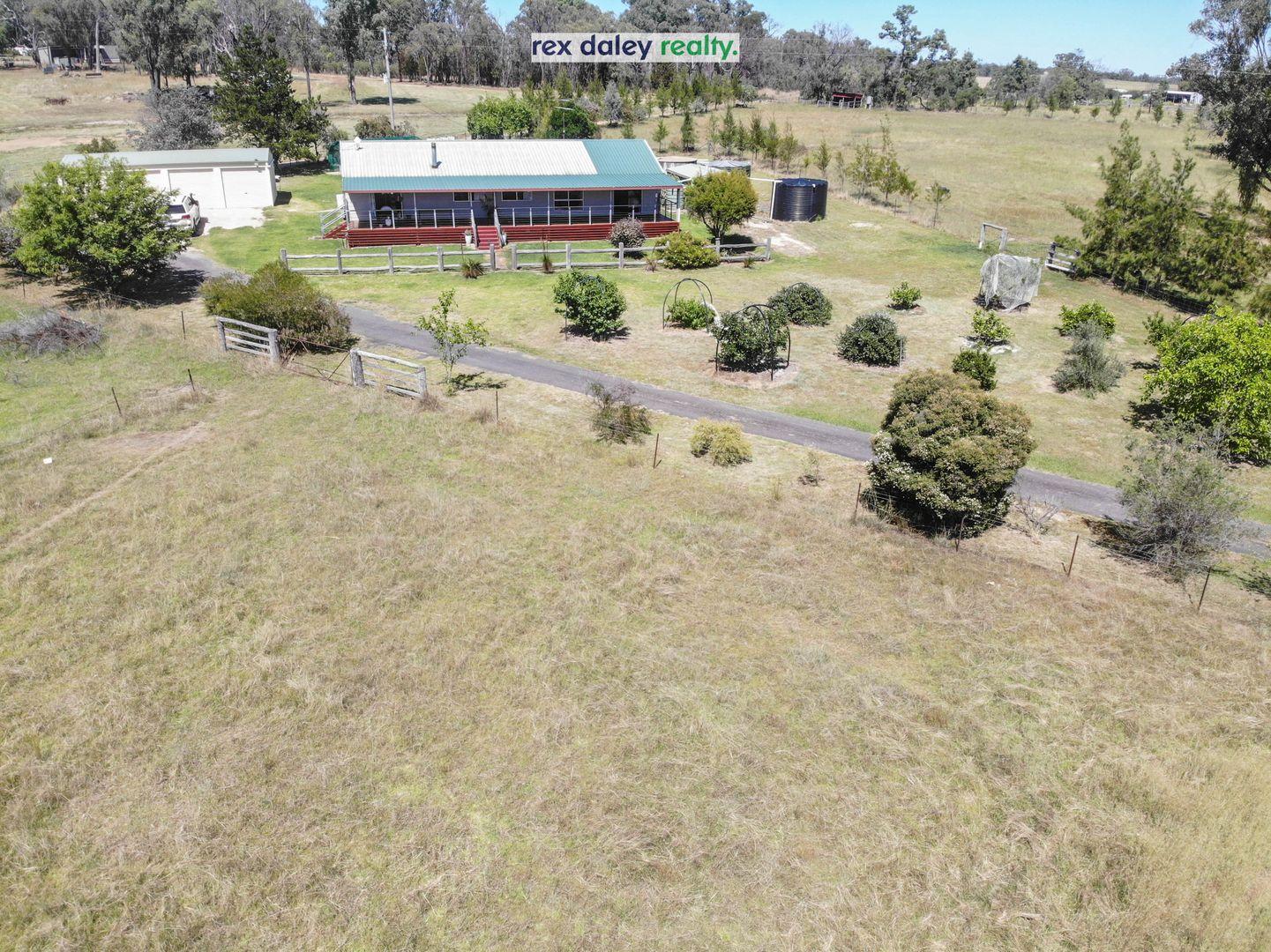 85 Monterey Road, Inverell NSW 2360, Image 2