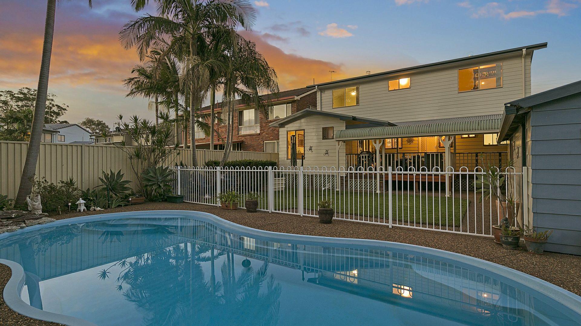 14 Hinemoa Avenue, Killarney Vale NSW 2261, Image 1