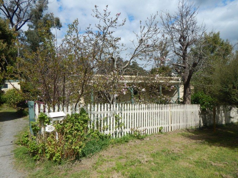 20 Forest Road, Wesburn VIC 3799, Image 0