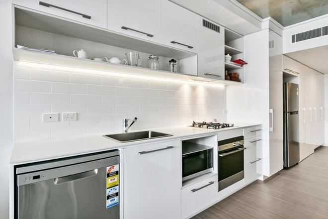 Picture of 3402/19 Anderson Street, KANGAROO POINT QLD 4169