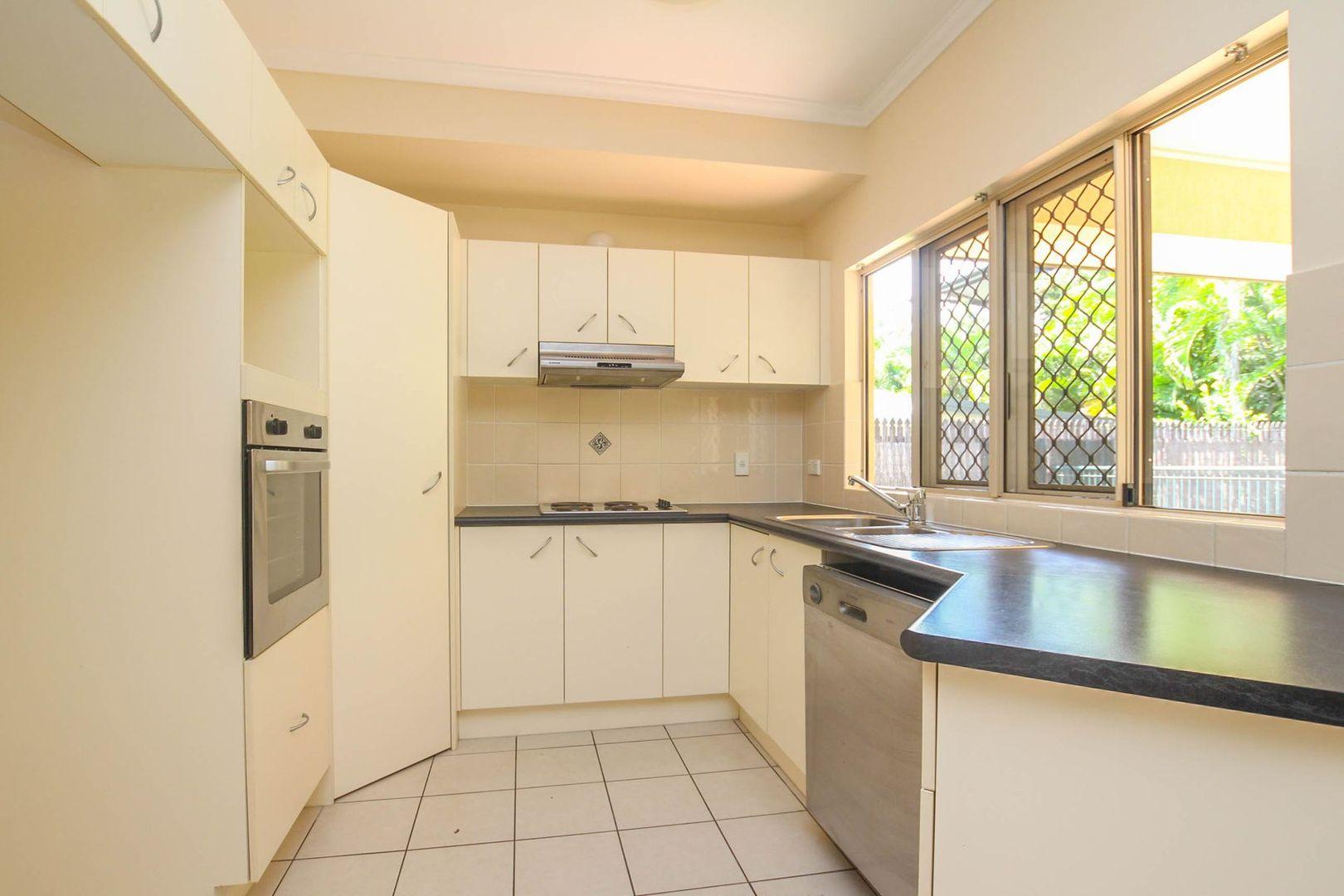 44 West Parkridge Drive, Brinsmead QLD 4870, Image 2