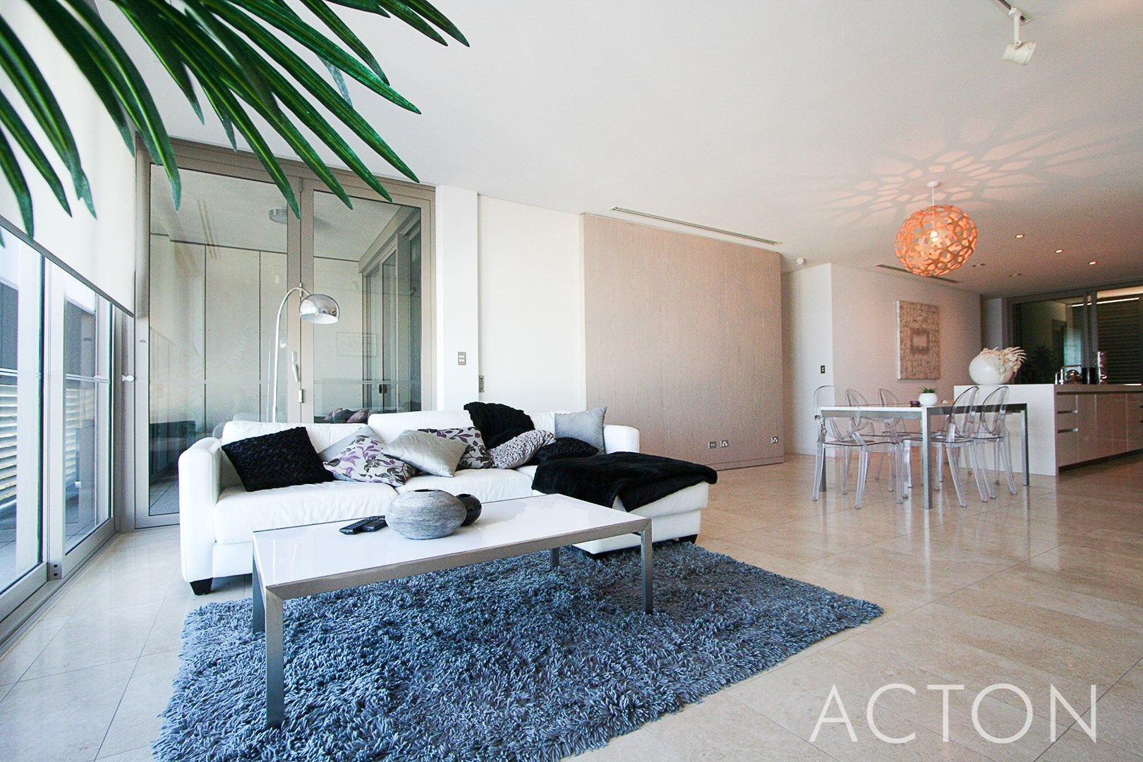 15/21 Ocean Drive, North Coogee WA 6163, Image 0