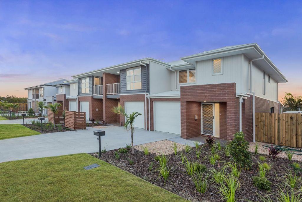 2/15 Waratah Way, Morayfield QLD 4506, Image 1