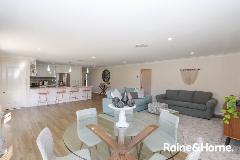 68 Wentworth Drive, Kelso NSW 2795, Image 1