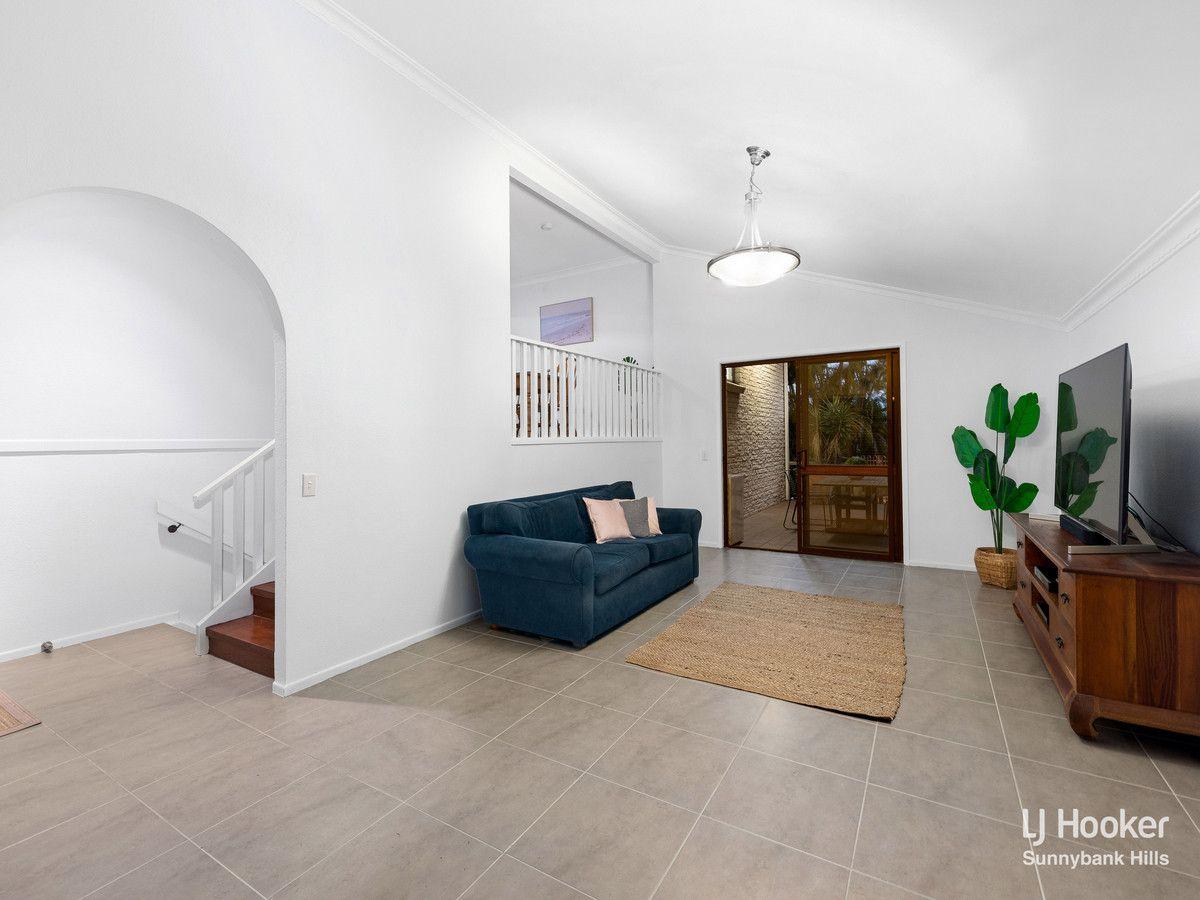 23 Bridle Street, Mansfield QLD 4122, Image 1
