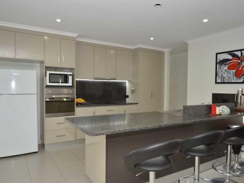 26 Belle Eden Drive, ASHFIELD QLD 4670, Image 1