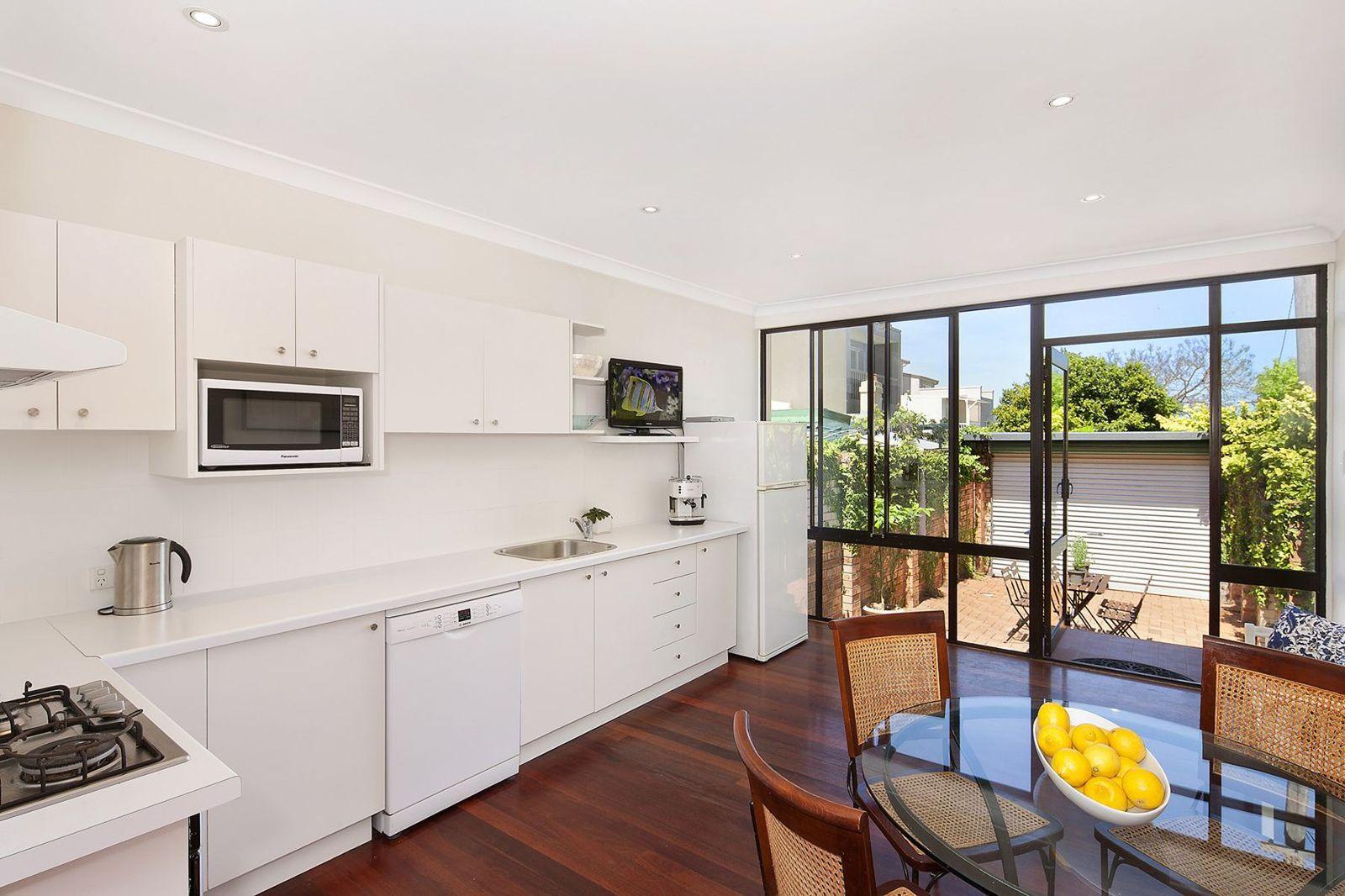 13 Ebley Street, Bondi Junction NSW 2022, Image 2
