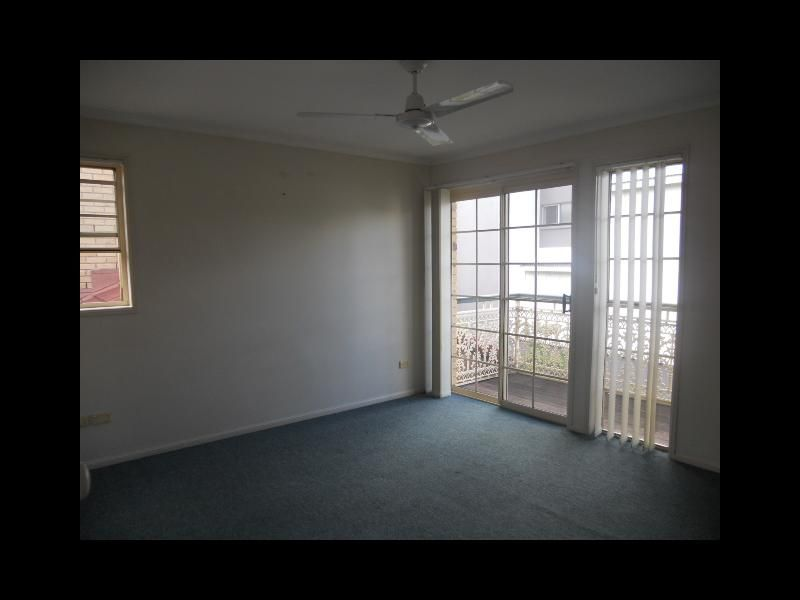 19/8-12 Quinn Street, Toowong QLD 4066, Image 2