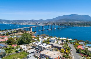 Picture of 3/5 Chatsworth Street, Rose Bay TAS 7015