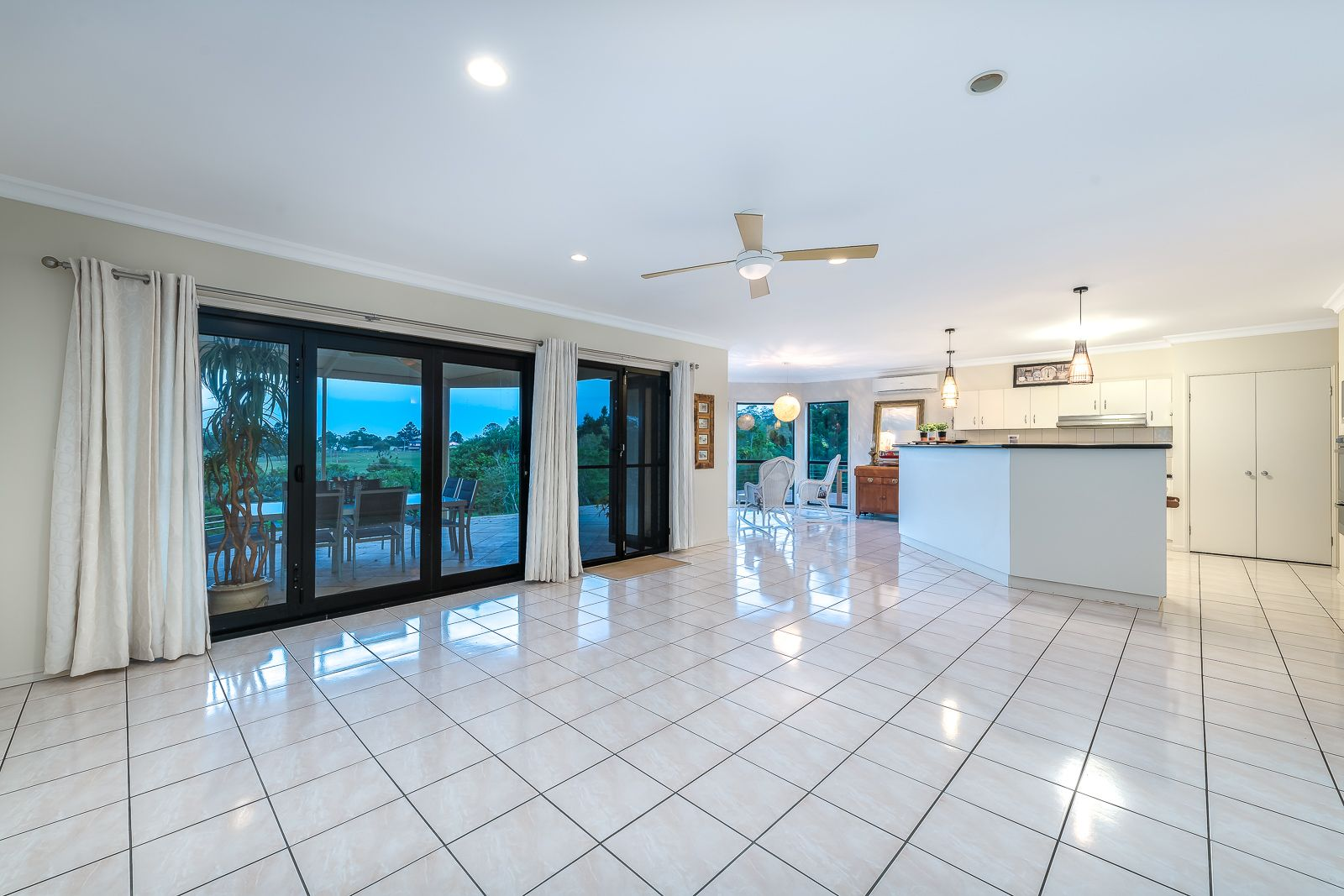 724-732 Main Western Road, Tamborine Mountain QLD 4272, Image 2