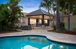 Picture of 16 Beverley Crescent, Broadbeach Waters QLD 4218
