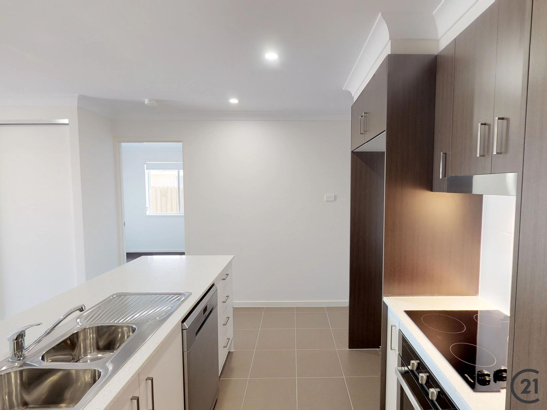 2/9 Yallimbah Avenue, Tanilba Bay NSW 2319, Image 2
