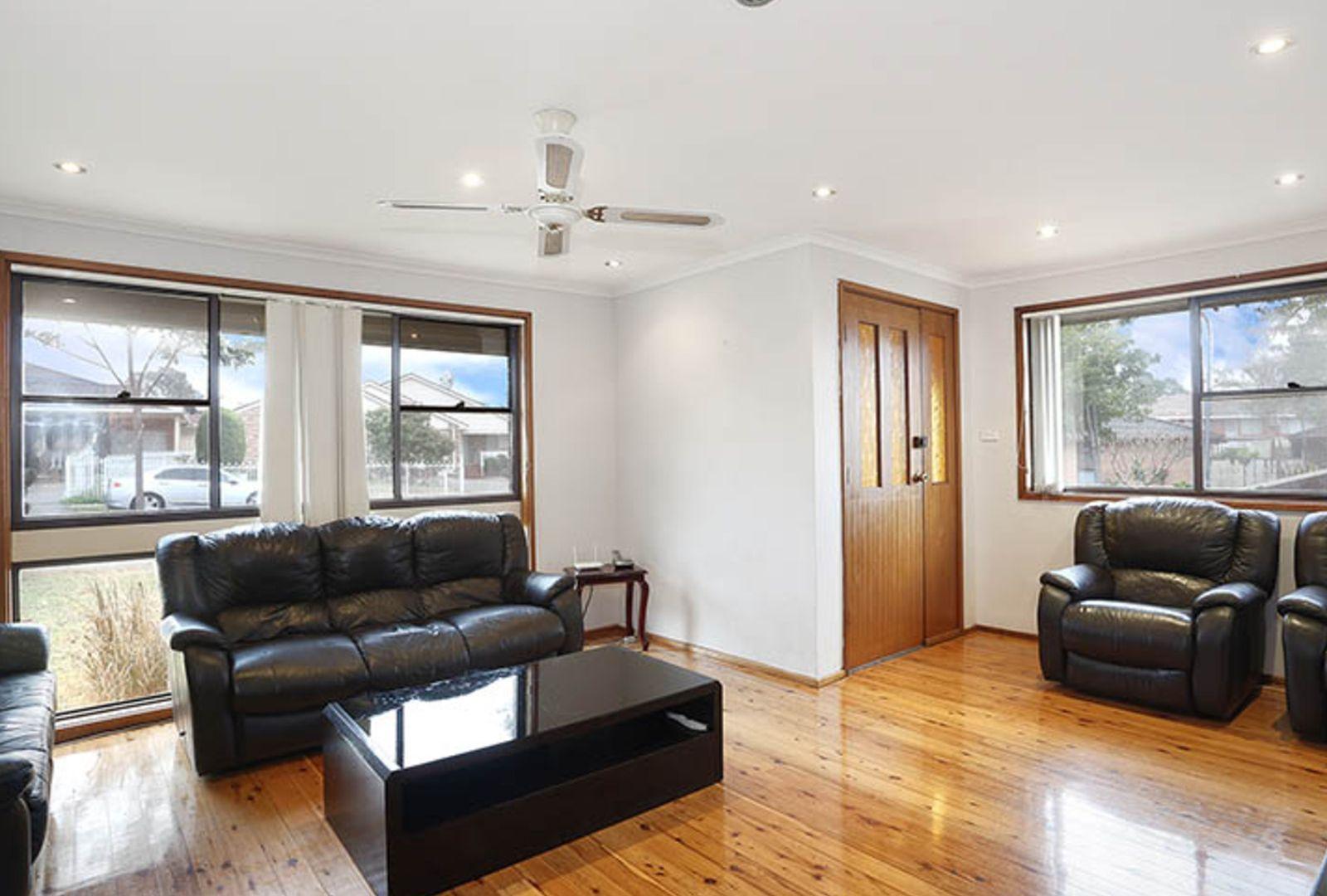 15 Fitzgerald Avenue, Edensor Park NSW 2176, Image 1