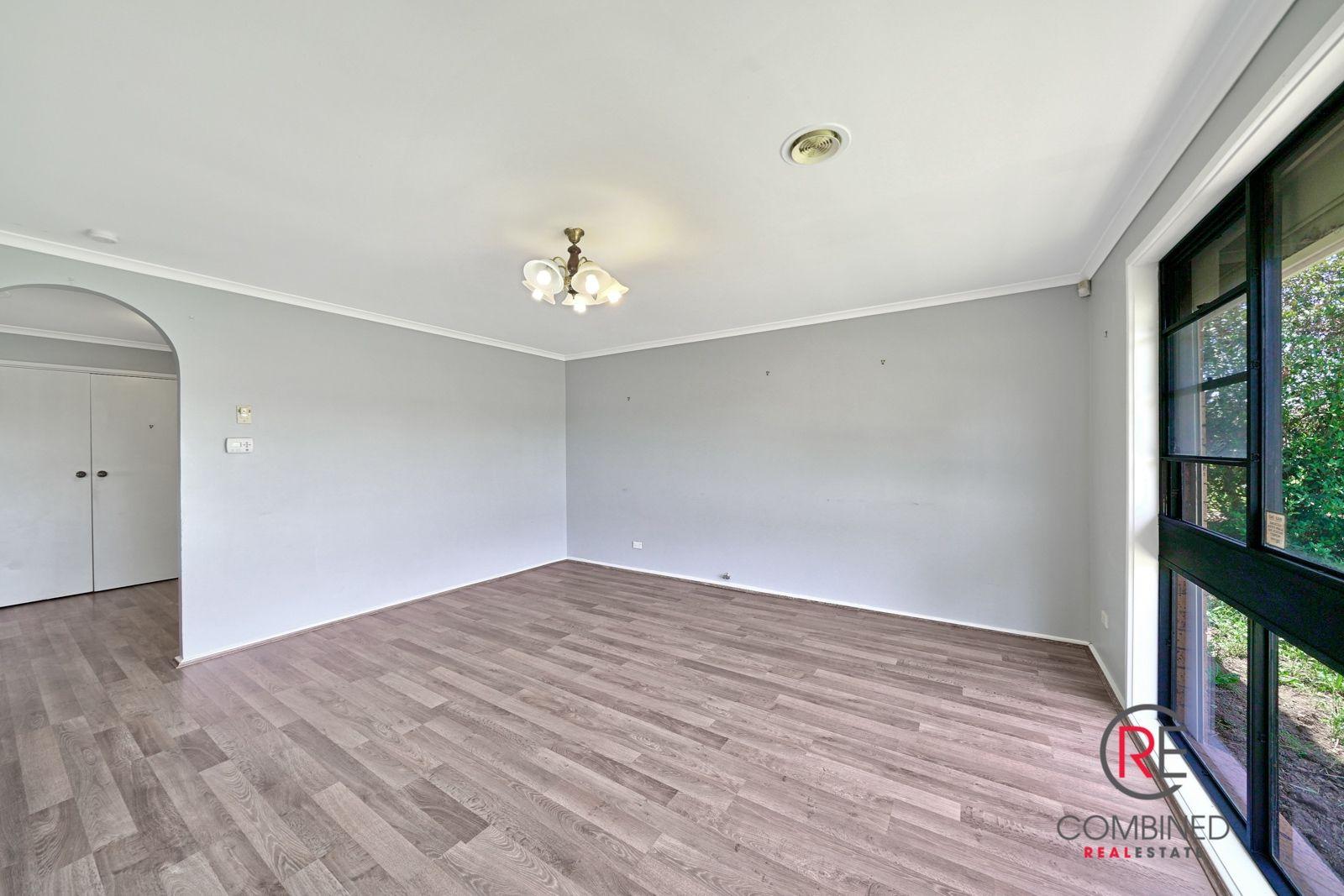 16 Karrabul Road, St Helens Park NSW 2560, Image 1