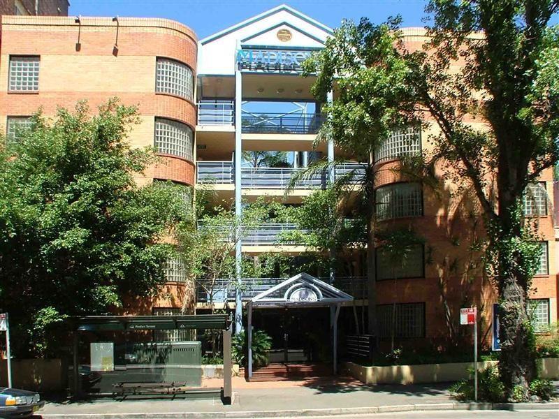 402/8 Ward Ave, Elizabeth Bay NSW 2011, Image 2