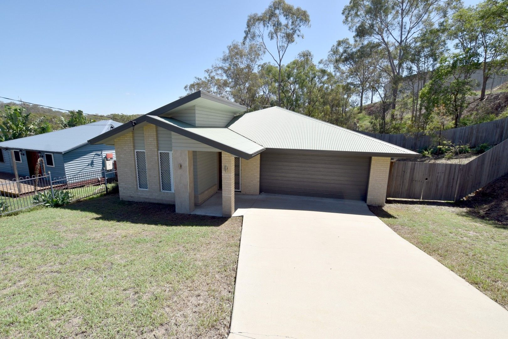 10 Fitzsimmons Street, South Gladstone QLD 4680, Image 0