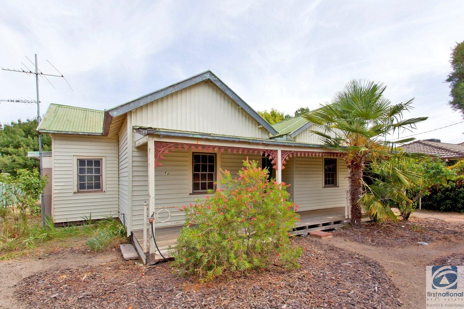 16 High Street, Chiltern VIC 3683, Image 0