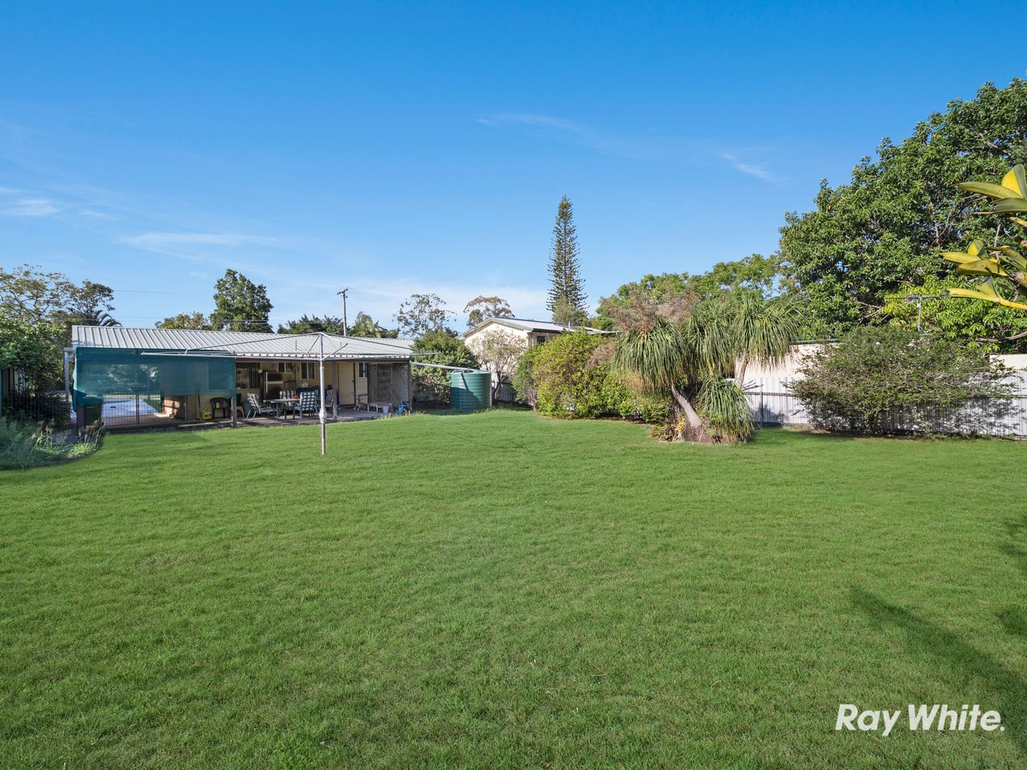 16 Yvonne Drive, Boronia Heights QLD 4124, Image 1