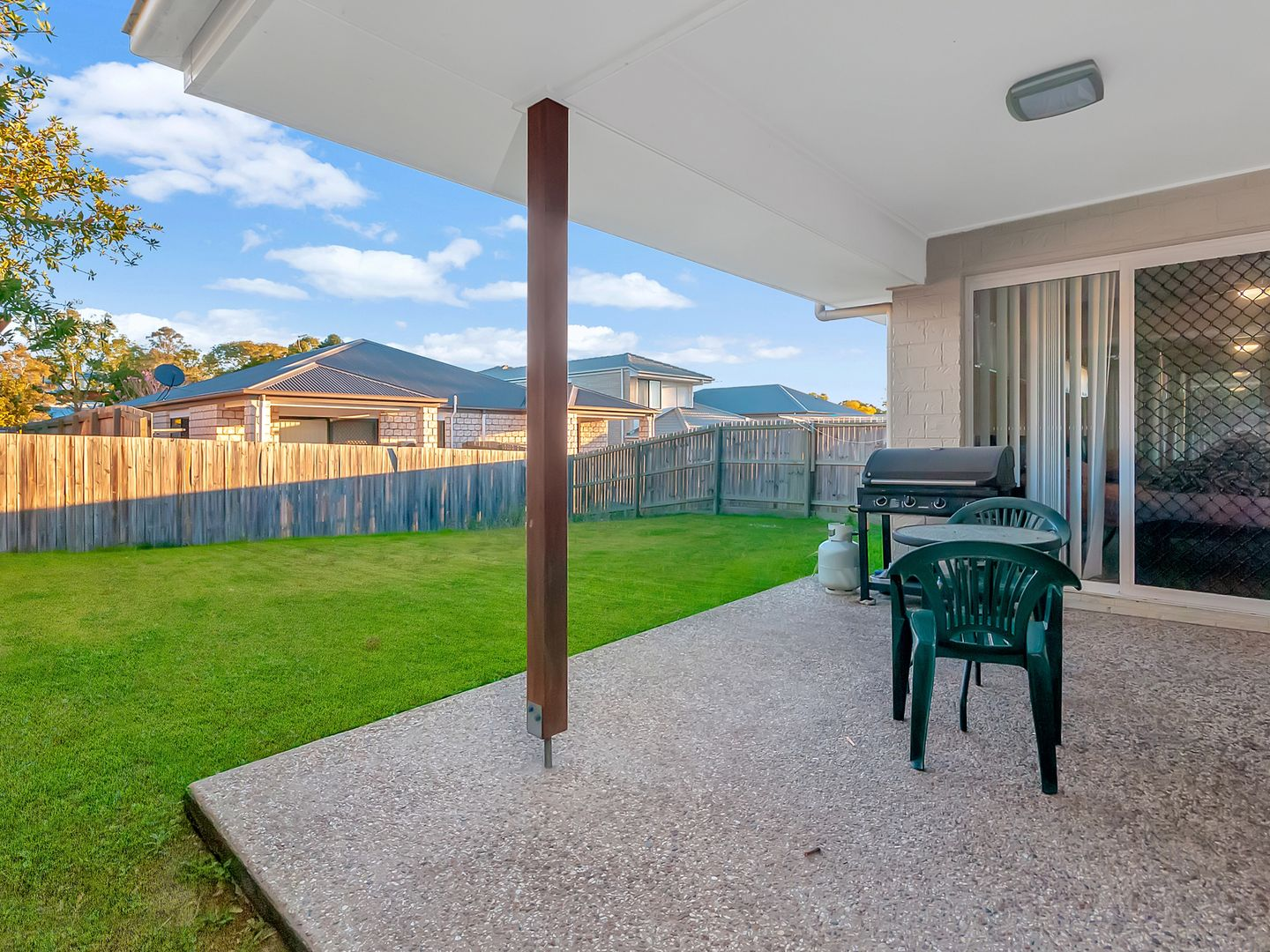 5 Mark Winter Court, Bellbird Park QLD 4300, Image 2