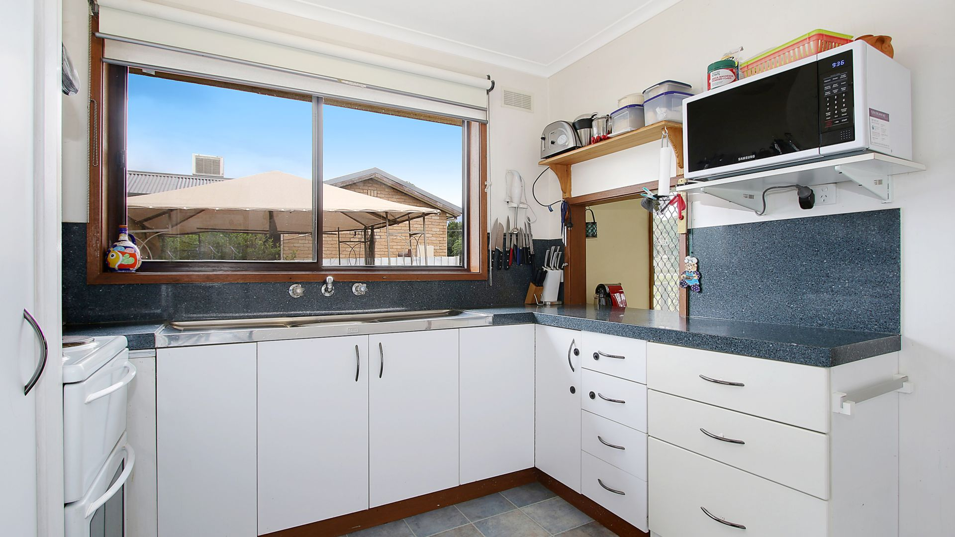 33 Pell Street, Howlong NSW 2643, Image 2