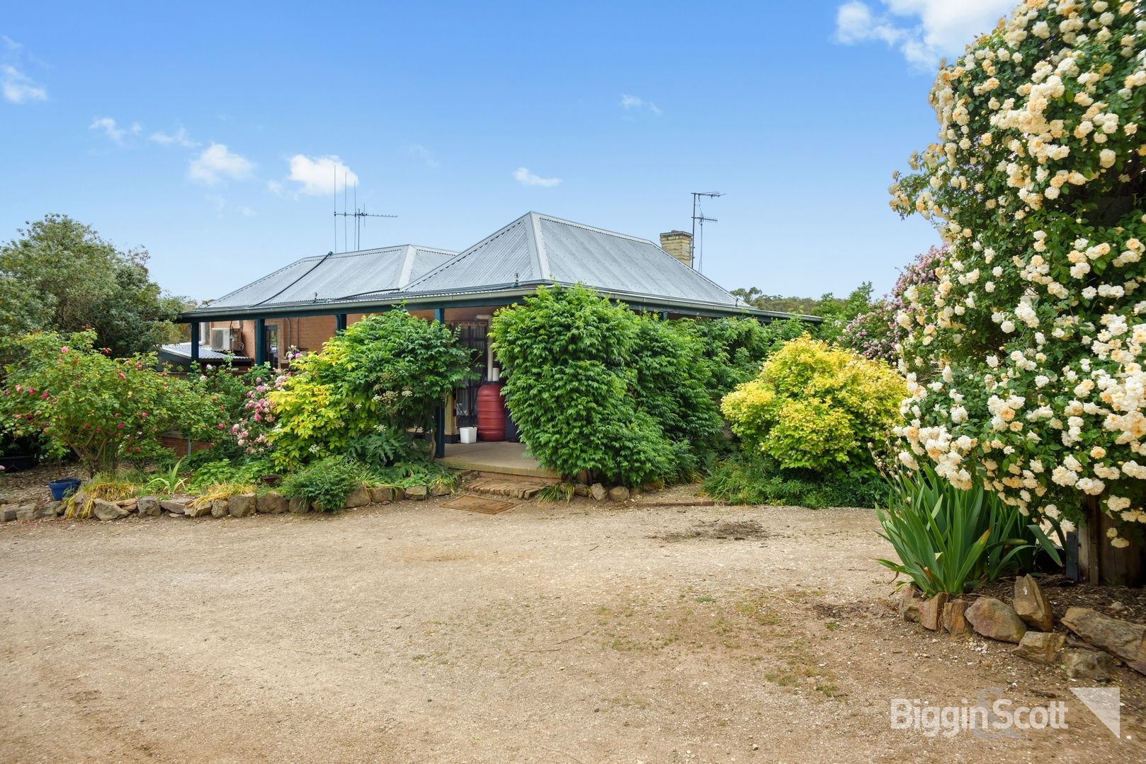 300 Shicer Gully Road, Guildford VIC 3451, Image 1