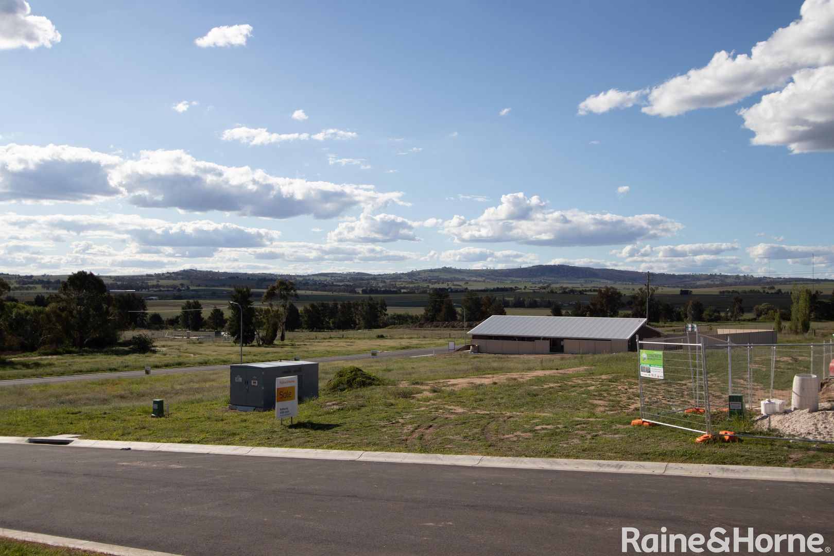 8 Jarvis Place, Llanarth NSW 2795, Image 1