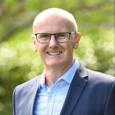 Hamish Robertson, Sales representative
