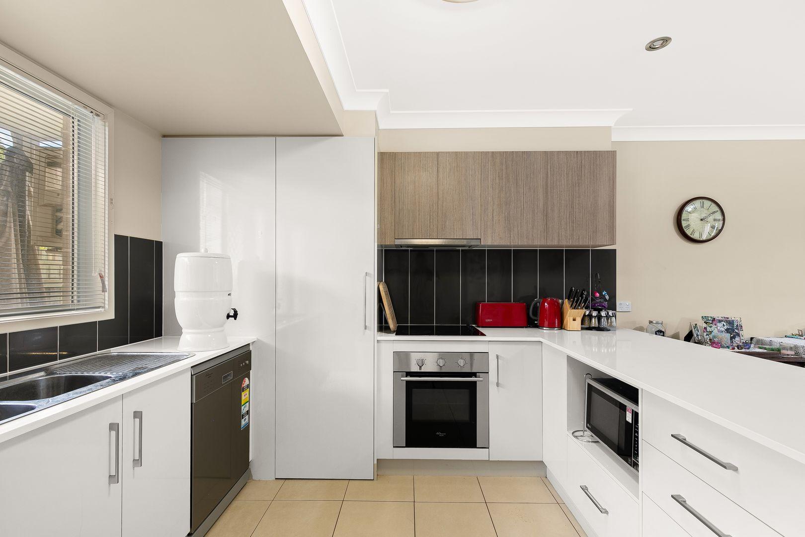 Unit 16/373 Greenwattle Street, Wilsonton QLD 4350, Image 0