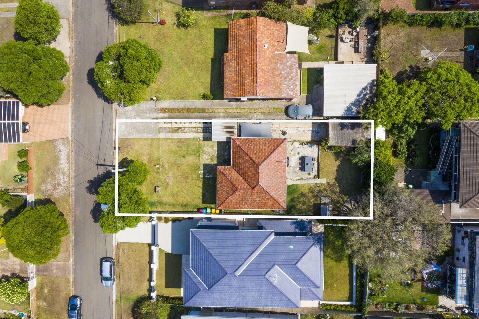 6 Whaddon Avenue, Dee Why NSW 2099, Image 0