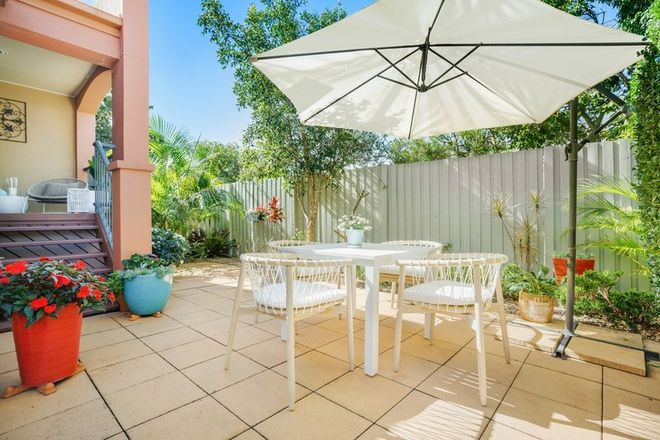 Picture of 12/20 Fairway Drive, CLEAR ISLAND WATERS QLD 4226