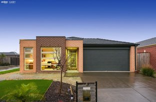 3 Glenelg Street, Clyde North VIC 3978