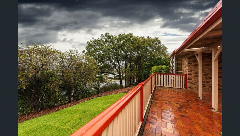 10 Dylan court, Darling Heights QLD 4350, Image 2