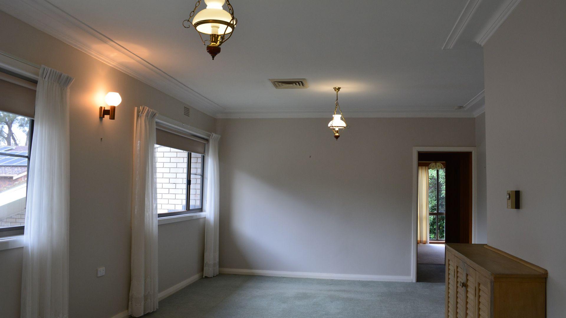 6 Baird Street, Dubbo NSW 2830, Image 2