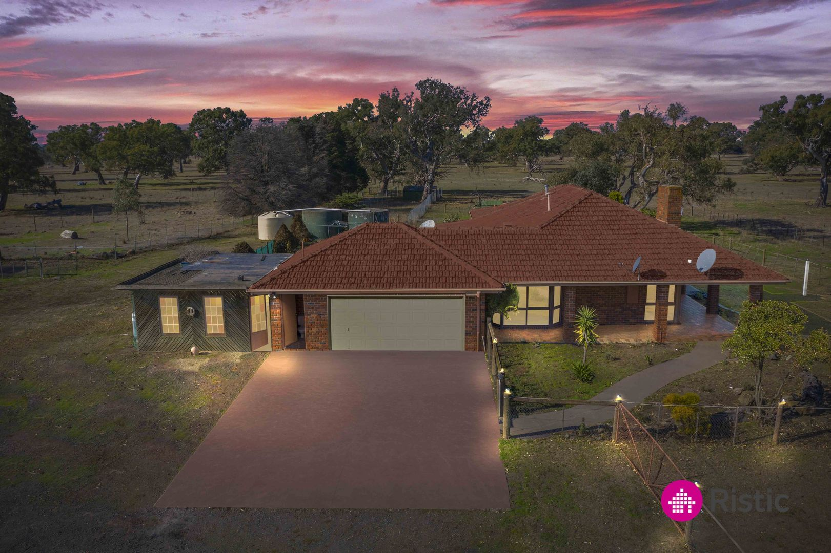 1505 Donnybrook Road, Woodstock VIC 3751, Image 0