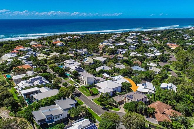 Picture of 15 Seafarer Court, CASTAWAYS BEACH QLD 4567